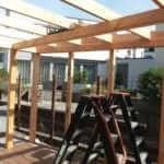 houten overkapping tuinaanleg Nederveentuinen