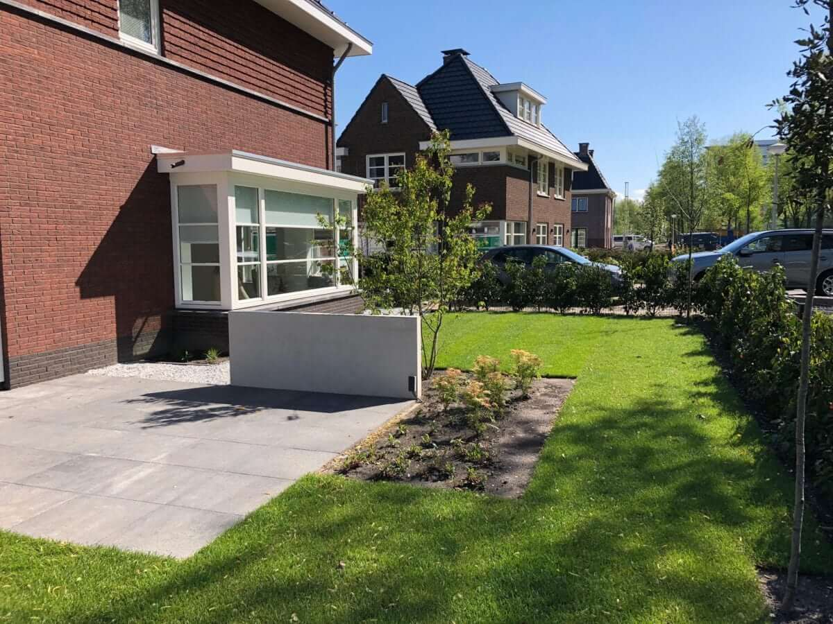 betonlook wand tuin amsterdam hovenier