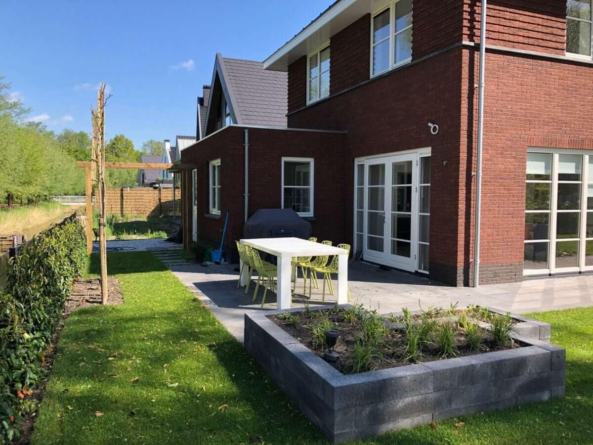verhoogde plantenbak hovenier amsterdam