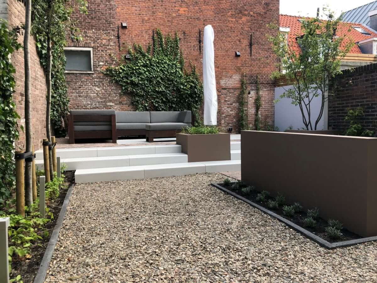 tuinontwerp moderne tuin grind