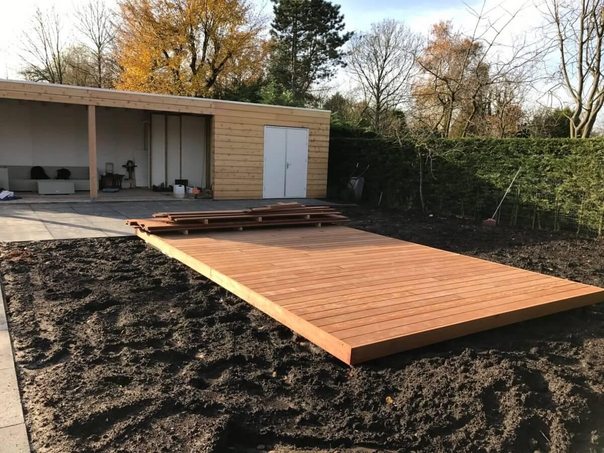 Vlonder tuinhuis hovenier aanleg Haarlemmermeer