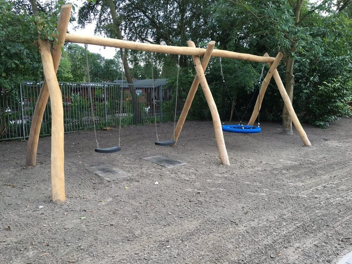 hovenier tuinaanleg aanleg speeltoestel