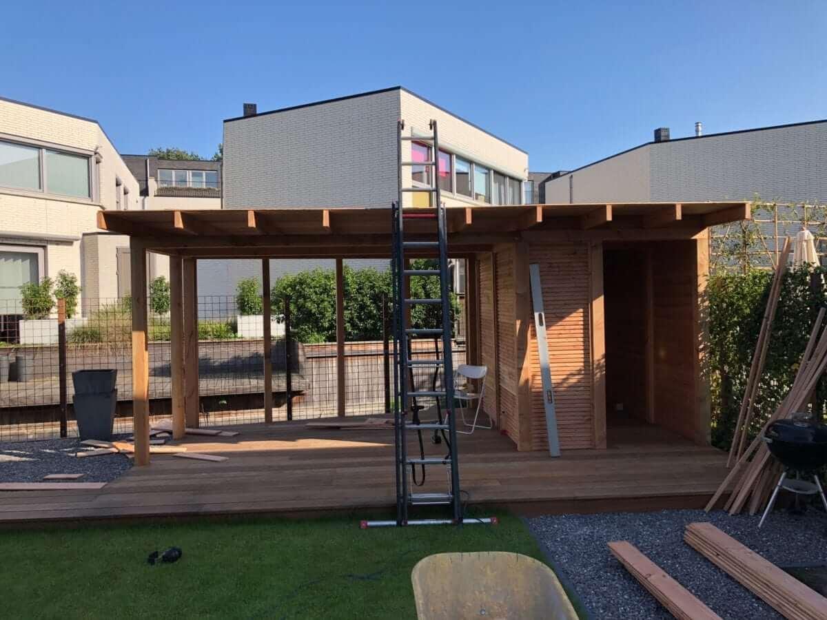 Maatwerk tuinhuis Douglas hout